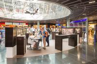 Glashütte Original präsentiert Kaliber 37 Ausstellung im Flughafen Frankfurt